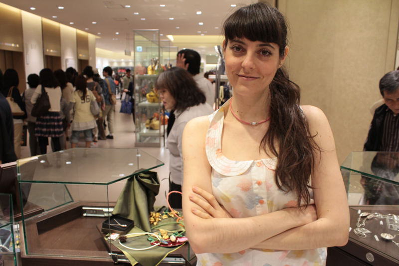 18-anna-tabakhova-osaka-french-jewelry-exhibition-IMG_9978-Julia-a-Osaka