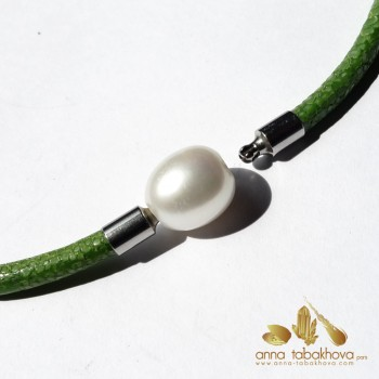 10 mm White China Pearl as...